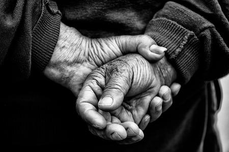 Foto de Hands of old man  - Imagen libre de derechos