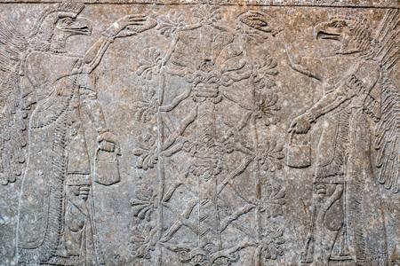 Photo pour Ancient Babylonia and Assyria sculpture painting from Mesopotamia - image libre de droit
