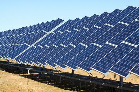 Photo pour New technology of energy production: electric solar panel system - image libre de droit