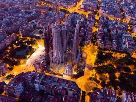 Foto de Barcelona, Spain - June 13, 2019: View from dorne of the famous Spanish landmark - temple Sagrada familia - Imagen libre de derechos