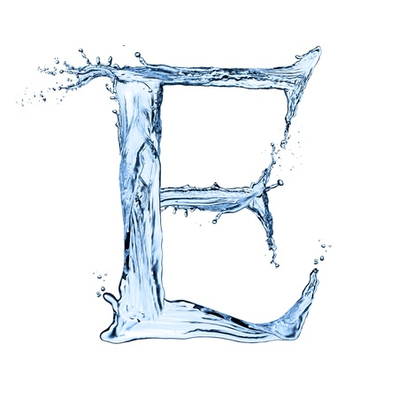 Photo pour Water splashes letter E isolated on black background - image libre de droit