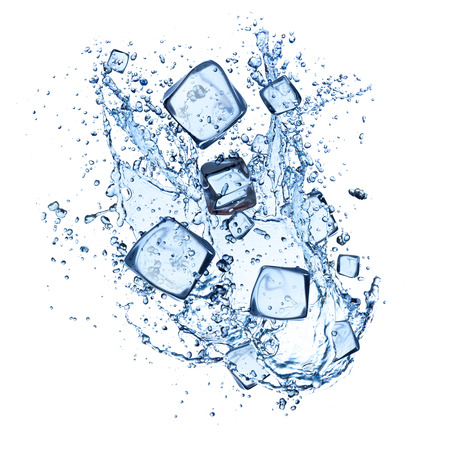 Foto de ice cubes with water splashes isolated on white background - Imagen libre de derechos