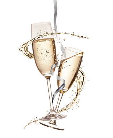 Photo pour Two glasses of champagne with splash, isolated on white background - image libre de droit