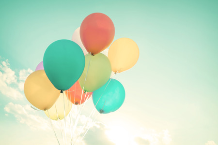 Photo pour Colorful balloons in summer holidays. Pastel color filter - image libre de droit