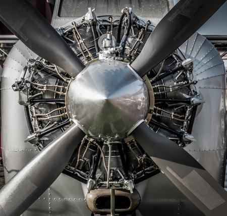 Foto de Close up vintage aircraft engine and propeller. HDR - Imagen libre de derechos