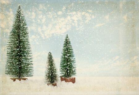 Photo pour vintage Christmas postcard. Fir tree in winter with snow. - image libre de droit