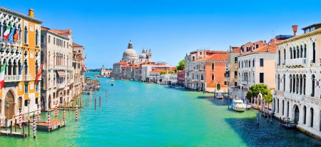 Foto de Panoramic view of Grand Canal in Venice, Italy - Imagen libre de derechos