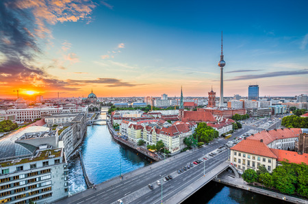 Photo pour Aerial view of Berlin skyline with famous TV tower and Spree river in beautiful evening light at sunset, Germany - image libre de droit