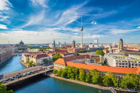 Foto de Aerial view of Berlin skyline  - Imagen libre de derechos