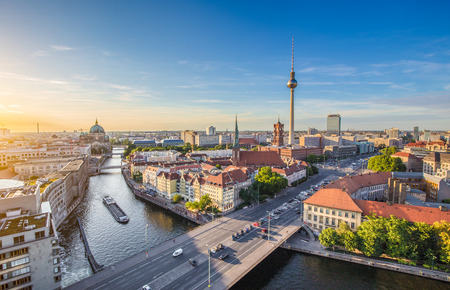 Foto de Aerial view of Berlin skyline with famous TV tower and Spree river in beautiful evening light at sunset, Germany - Imagen libre de derechos