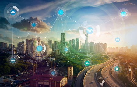 Foto de smart city and wireless communication network, abstract image visual, internet of things - Imagen libre de derechos