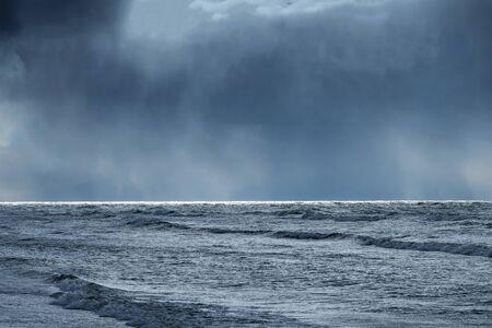 Photo pour Dark and stormy Baltic sea. - image libre de droit