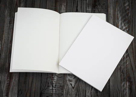 Photo pour Blank catalog, magazines,book mock up on wood background - image libre de droit