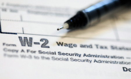 Photo pour United States tax forms for the IRS. - image libre de droit