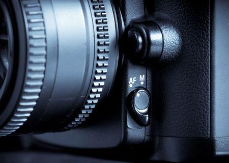Auto Focus/Manual Override Switch on Digital SLR Camera