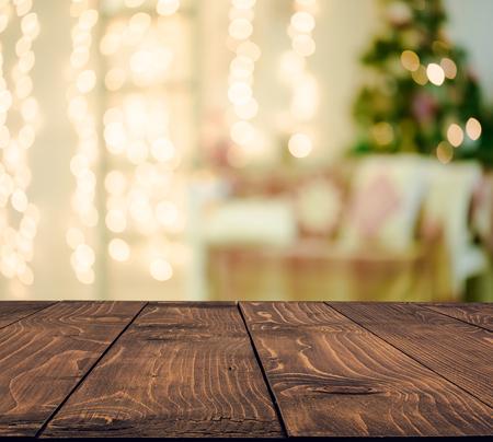 Foto de Christmas holiday background with empty rustic table - Imagen libre de derechos