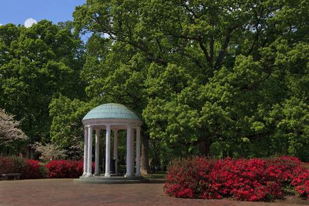 Photo pour The Old Well at Chapel Hill - image libre de droit
