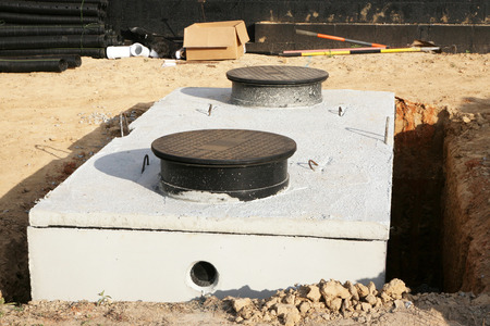 Photo pour Water or septic storage tank being installed - image libre de droit