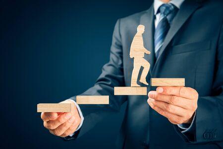 Photo pour Coach motivate to personal development, success and career growth concept. - image libre de droit