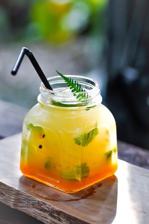 Foto de juice, passion fruit juice or Italian soda - Imagen libre de derechos