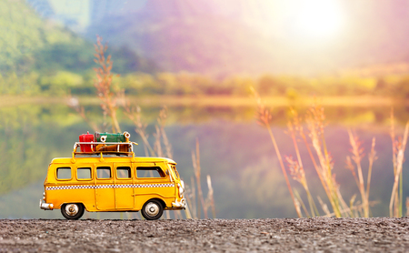 Photo pour Miniature yellow van - image libre de droit