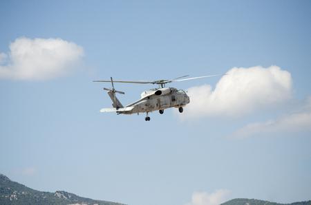 Foto de Nose up take off blue sky mountain back ground - Imagen libre de derechos