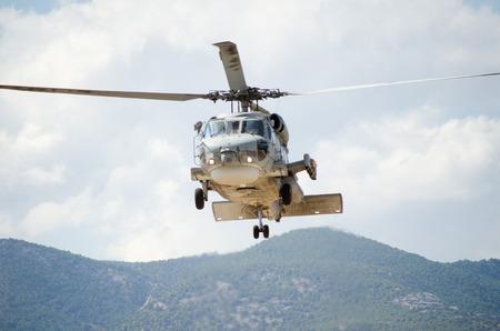 Foto de approach landing exhaust gas - Imagen libre de derechos