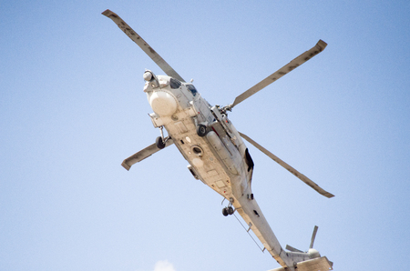 Foto de Down view radar avionics - Imagen libre de derechos