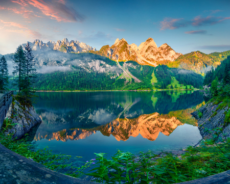 Photo pour Impressive summer morning on the Vorderer Gosausee lake. Colorful sunrise in Austrian Alps, Salzkammergut resort area in the Gosau Valley in Upper Austria, Europe. Beauty of nature concept background. - image libre de droit