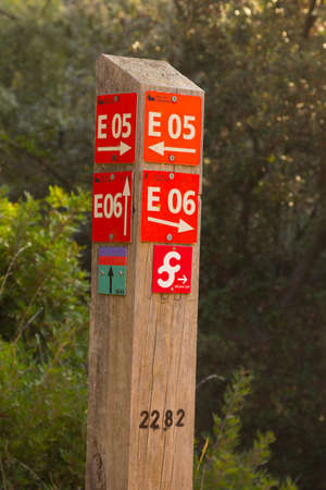 signposting of mountain roads