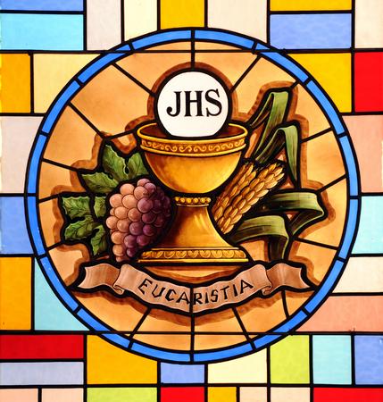 Foto de Eucharist, stained glass - Imagen libre de derechos
