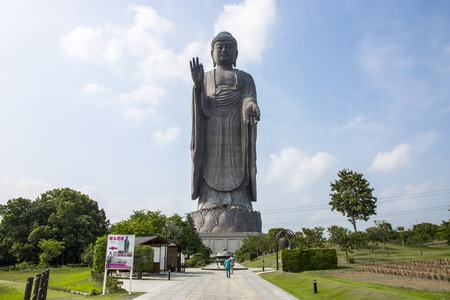 Foto de Full view of the Great Buddha of Ushiku, Japan. One of the tallest statues in the world - Imagen libre de derechos