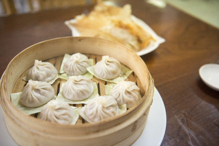 Photo pour Streamed Pork Dumplings Chinese food (Xiao Long Bao) - image libre de droit