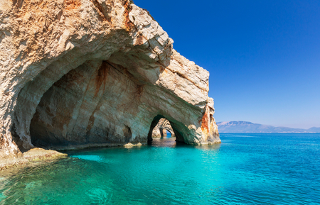 Foto de Beautiful sea landscapes on Zakynthos Island in Greece - Imagen libre de derechos
