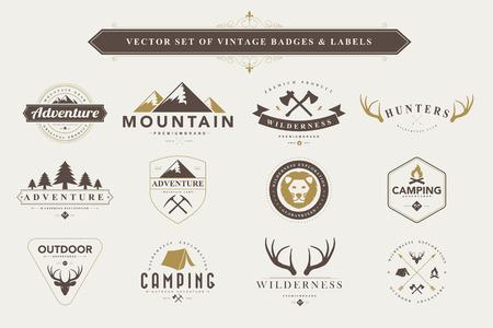Illustration pour Set of vintage  camping badges and labels - image libre de droit