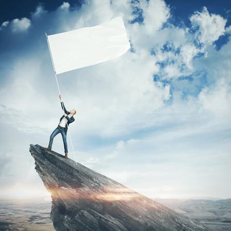 Foto de Man with blank flag - Imagen libre de derechos