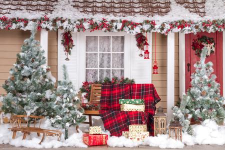 Foto de Beautiful House Decorated For Christmas And New Year - Imagen libre de derechos