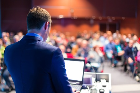 Foto per Speaker at Business Conference and Presentation. Audience at the conference hall. - Immagine Royalty Free