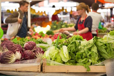Foto de Market stall with variety of organic vegetable. - Imagen libre de derechos