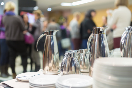 Photo pour Coffee break at conference meeting.  Business and entrepreneurship. - image libre de droit