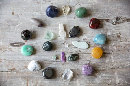 Photo pour crystal on a wooden board - image libre de droit
