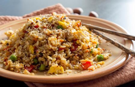 Foto de Fried Rice with Vegetables and fried eggs - Chinese Cuisine - Imagen libre de derechos