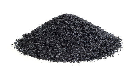Photo pour Heap of anthracite isolated on white background - image libre de droit