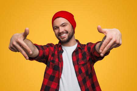 Foto de Man showing rapper move in studio - Imagen libre de derechos