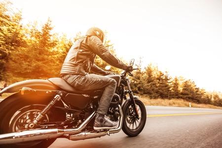 Photo pour Close up of a high power motorcycle, classic vintage style. - image libre de droit