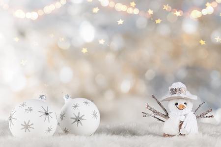 Foto de Christmas decoration on wooden background, lots of copy space for your product or text. - Imagen libre de derechos