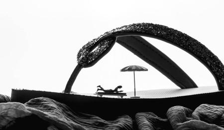 Foto de time out on a flip flop - Imagen libre de derechos
