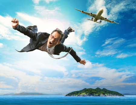 Photo pour business man flying from passenger plane over natural blue ocean island use for people holiday and vacation time to relaxing destination - image libre de droit