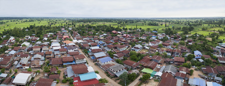 Photo pour aerial view of thai domestic home in mahasarakham province north eastern of thailand - image libre de droit