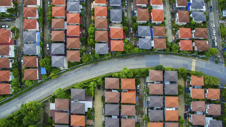 Foto de view from above of home village and town street in bangkok thailand - Imagen libre de derechos